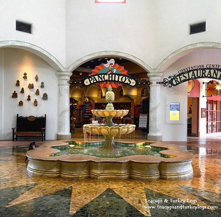 Paquitos Gift Shop, Disney's Coronado Springs Resort